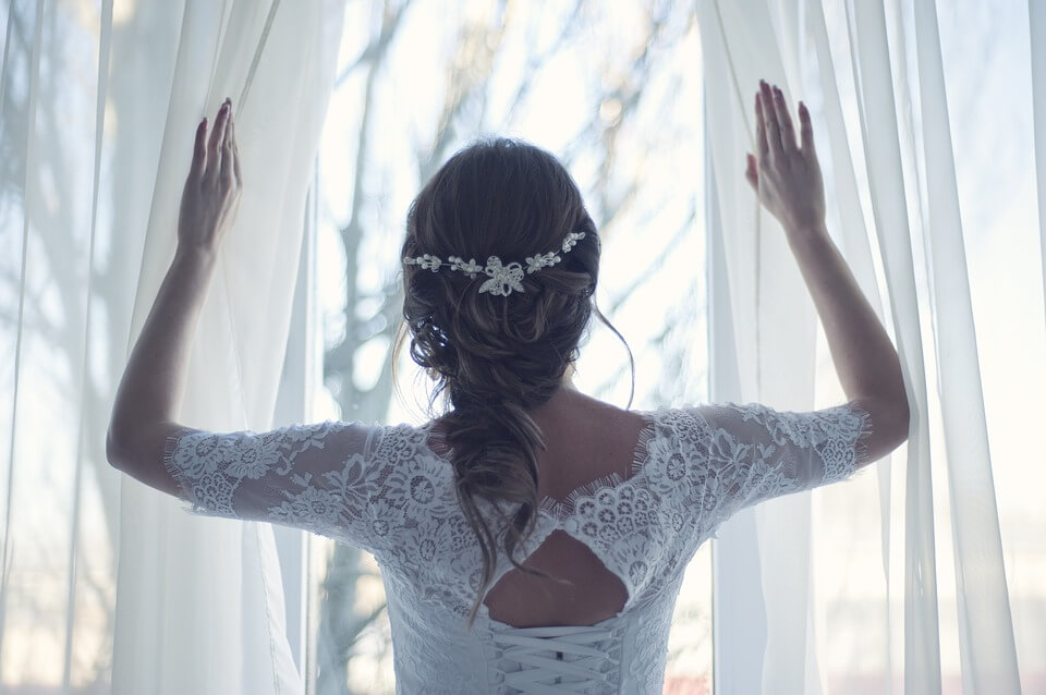 Esküvők az irodalomban