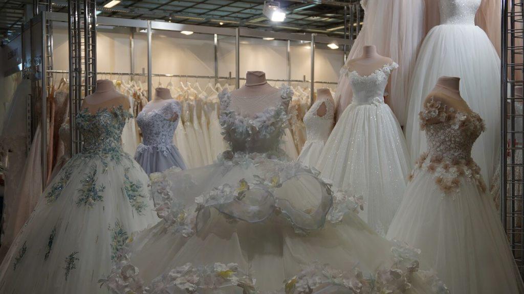 Menyasszony öltözéke
